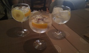 Gin tonics A Taberna do trasno