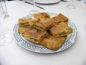empanada casa cazoleiro