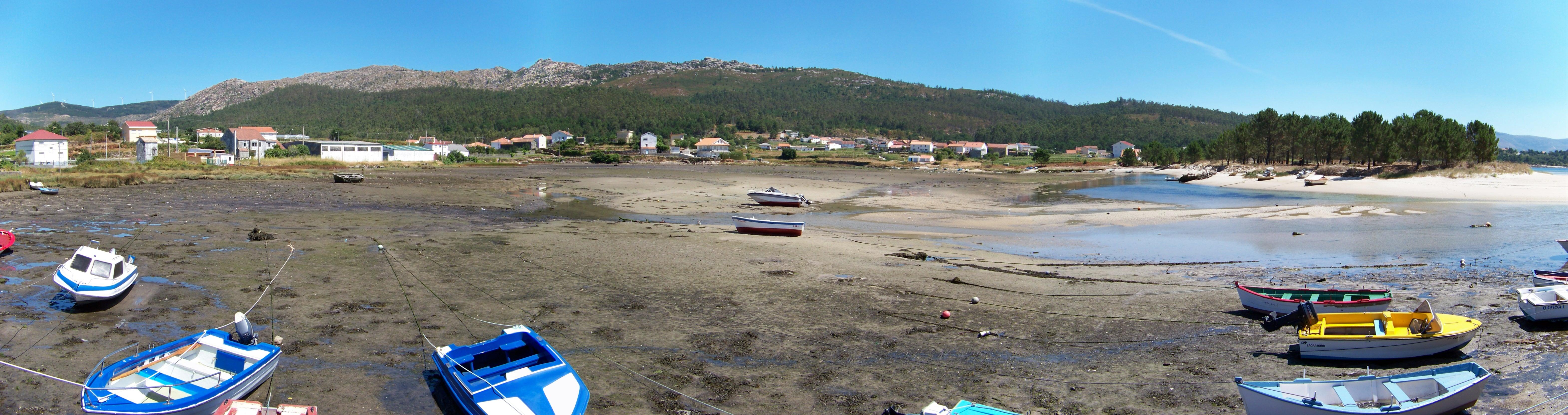 Bornalle, Muros