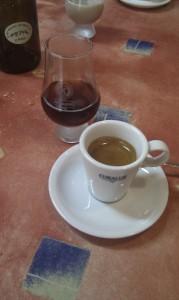 Cafe y chupito tostada